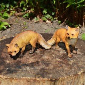 vossen-als-set-tuinbeelden
