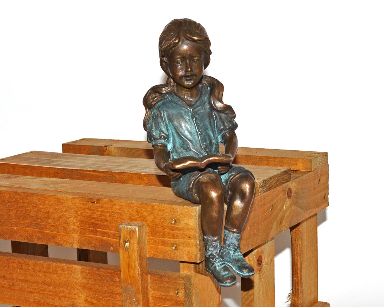 Bronzen beeld lezend meisje gerichtekeuze - Beeld van decoratie ...