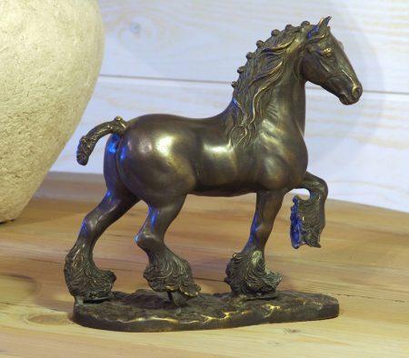 Bronzen boerenpaard