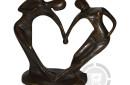 Abstract-bronzen-beeld-danspaar
