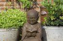 Beeld-lezende-Shaolin-monnik-44cm